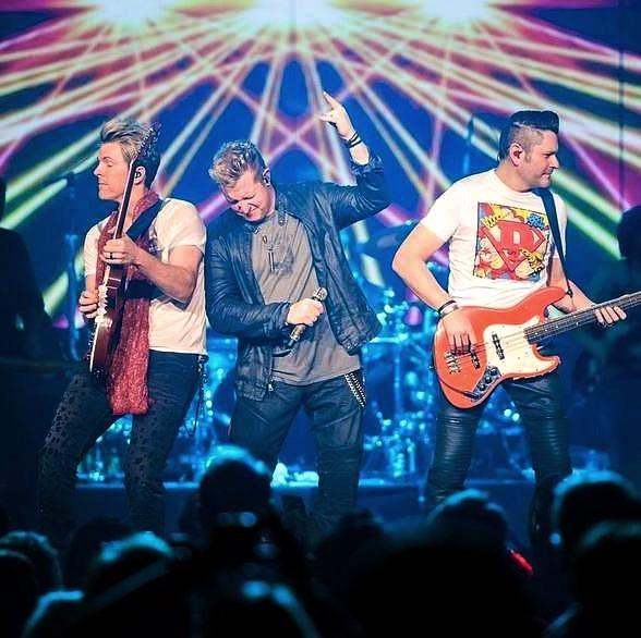 """Live Nation Las Vegascongratulates our friendsRascal Flattson their 17th #1 single, """"Yours If You Want It."""""""