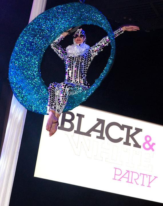AFAN Hosts 24th Annual Black & White Party at The Joint