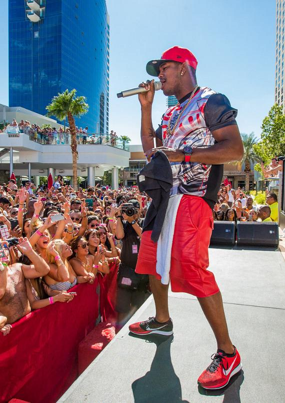 "Ne-Yo performs on stage at ""Ditch Fridays"" at Palms Pool in Las Vegas"