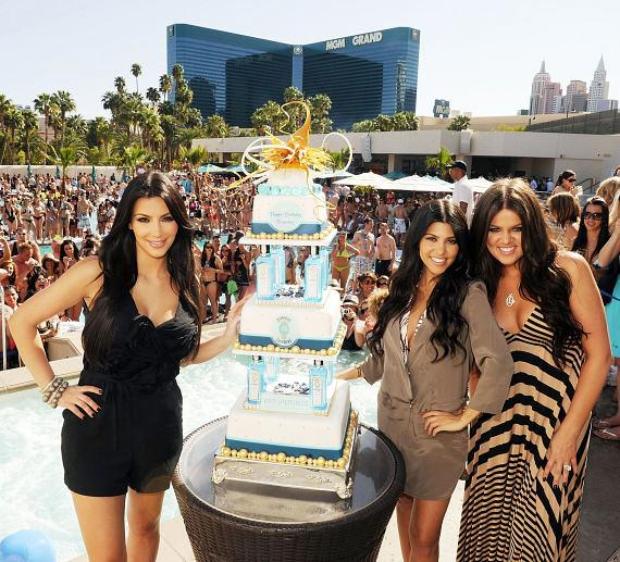Kim, Kourtney and Khloe Kardashian at Wet Republic