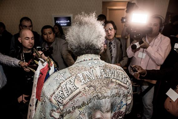 Don King talks to the press