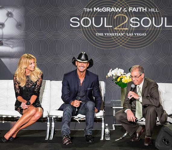 Tim Mcgraw, Faith Hil and John Caparella (president and chief operating officer of The Venetian, The Palazzo & Sands Expo)