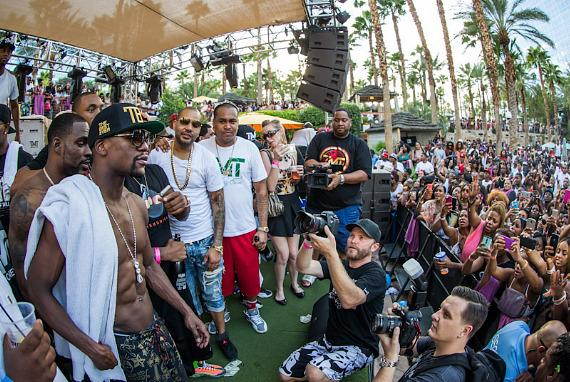 Floyd Mayweather Jr. at REHAB at Hard Rock Hotel & Casino