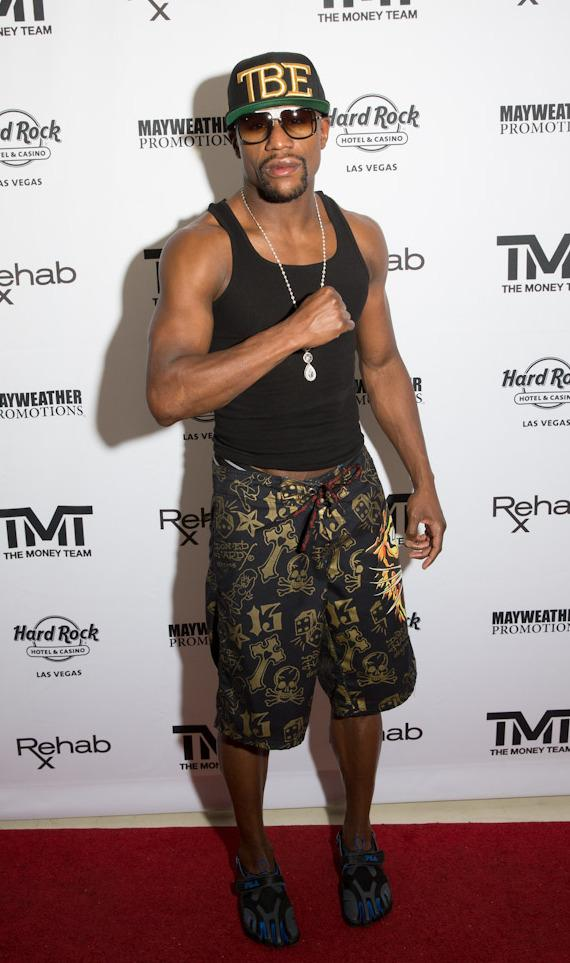 Floyd Mayweather Jr. on red carpet at REHAB at Hard R