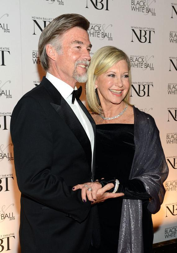 Entertainer Olivia Newton-John (R) and her husband, John Easterling