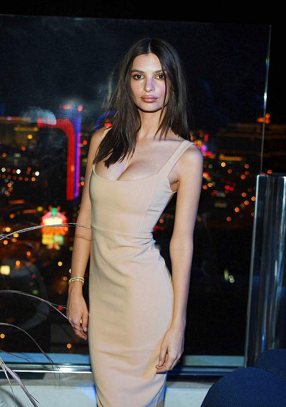 APEX Social Club at Palms Casino Resort Hosts Grand Opening with Emily Ratajkowski, Nas, Ajiona Alexus and More