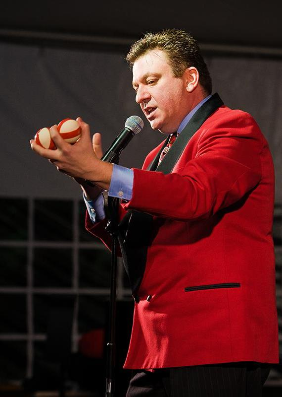 Comedian/Juggler Andy Mortello