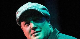 'Here Comes' Kevin James to the Aces of Comedy Series April 27