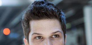 'On Air with Robert & CC' to Interview Actor Mark Shunock at Rockhouse