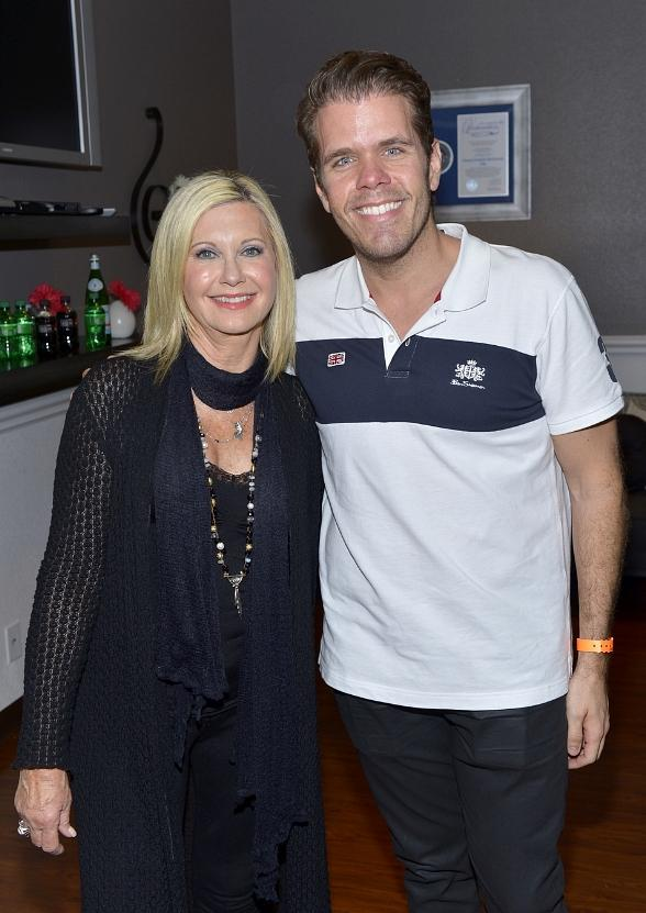 "Perez Hilton attends Olivia Newton-John's ""Summer Nights"" then rides The High Roller"
