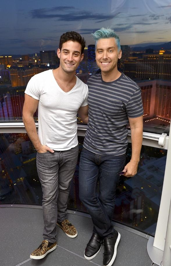 Michael Turchin and Lance Bass Ride the High Roller at The LINQ in Las Vegas