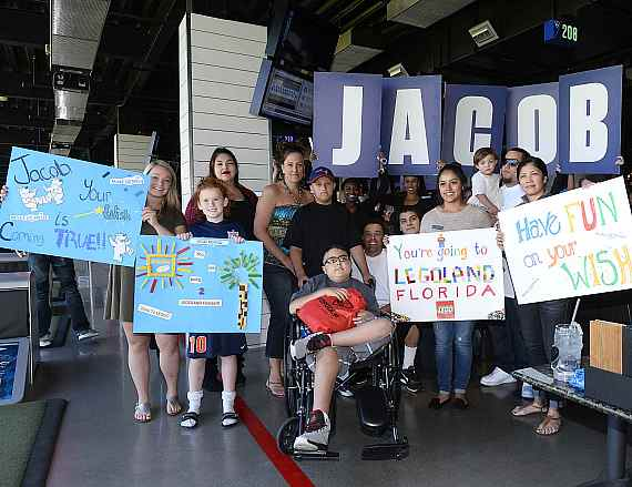 """""""Wish Reveal"""" at Topgolf during Make-A-Wish's annual World Wish Day"""