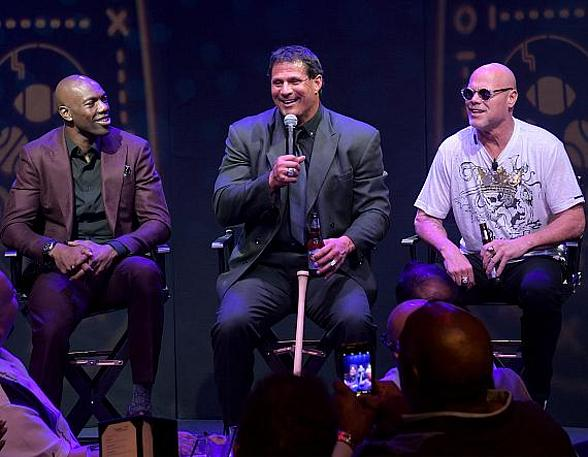Renegades Celebrates Grand Opening at Caesars Palace with Sports Legends Terrell Owens, Jose Canseco and Jim McMahon