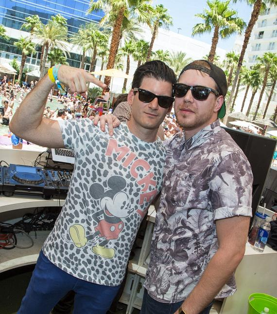 Back to Back set by Destructo with Oliver at HARD Beach