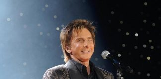 """Pop Superstar Barry Manilow to Perform """"ONE LAST TIME"""" in Las Vegas at MGM Grand April 10"""