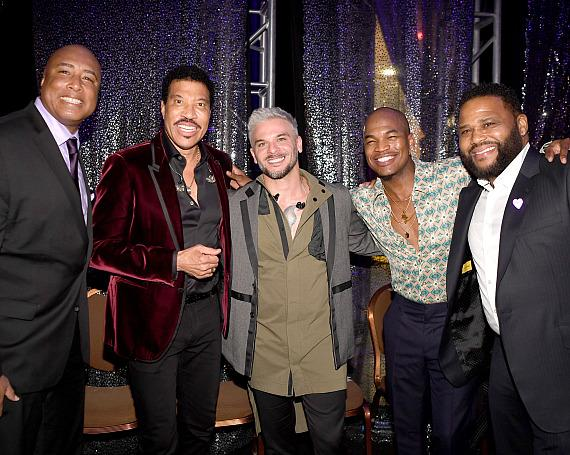 Bernie Williams, Lionel Richie, Pedro Capo, NE-YO, Anthony Anderson backstage at Power of Love