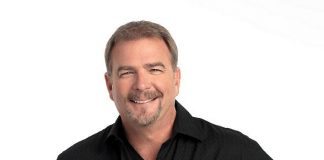 Bill Engvall Makes Another Lap Around Treasure Island During NASCAR Weekend on March 2
