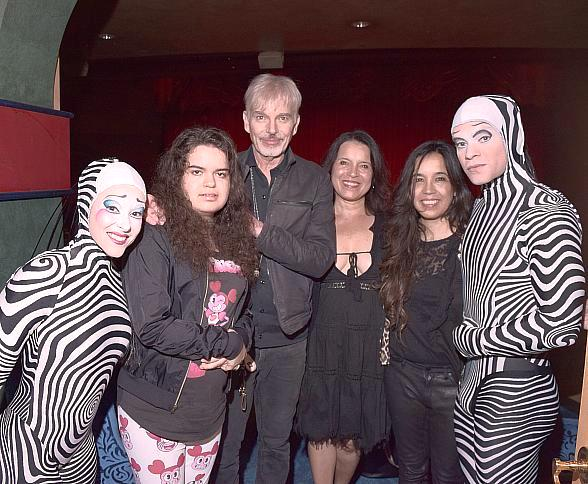 """Billy Bob Thornton and Family Attend """"O"""" by Cirque du Soleil"""