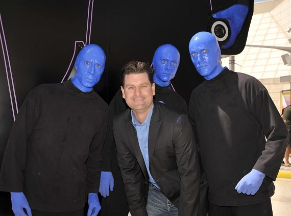 Blue Man Group and Arran Andersen of KVVU Fox5