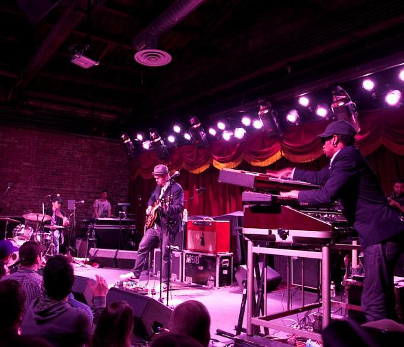 Bowlive featuring Soulive