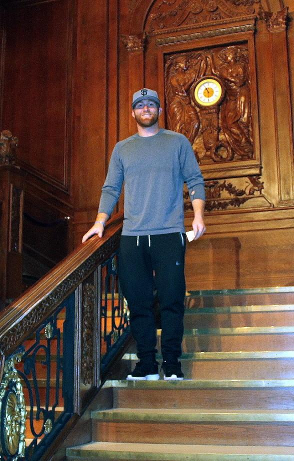 San Francisco 49ers' Fullback Bruce Miller visits Titanic: The Artifact Exhibition and BODIES…The Exhibition inside Luxor Hotel & Casino