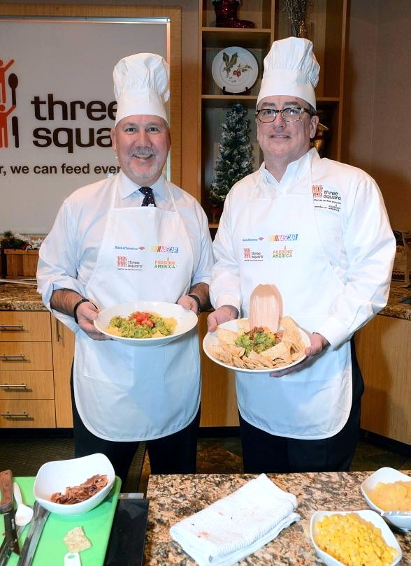 Celeb Chefs, Local Execs Team Up for Cook-Off and Volunteer Event to Fight Hunger
