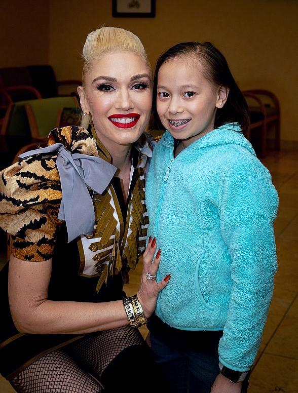 Gwen Stefani Debuts New Patient Exam Room at Cure 4 The Kids Foundation