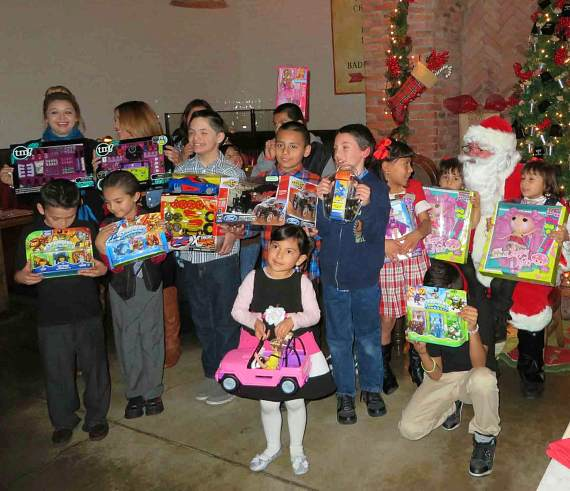 A Festive Feast Served by Todd English P.U.B. as The Shops at Crystals Grants Christmas Wishes for Communities In Schools of Nevada Elementary Students