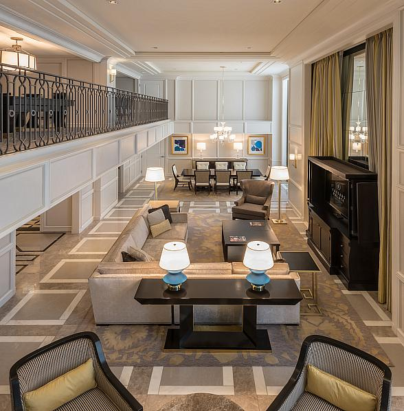 Host the Ultimate Football Draft Party in Las Vegas with Caesars Suites
