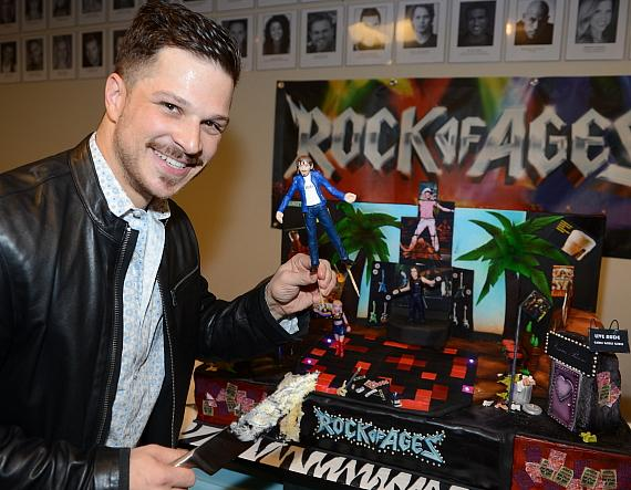 Rock of Ages' narrator Mark Shunock with second anniversary cake