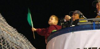Chase Davidson Waves Green Flag at Dirt Track for World of Outlaws