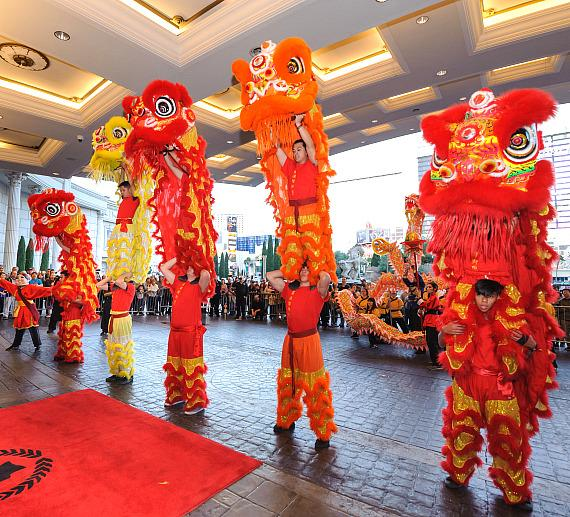 Chinese New Year 2018_Caesars Palace Lion Dance