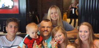 Chuck Liddell and family enjoy the King Kong Sundae at Sugar Factory American Brasserie in the Paris Hotel
