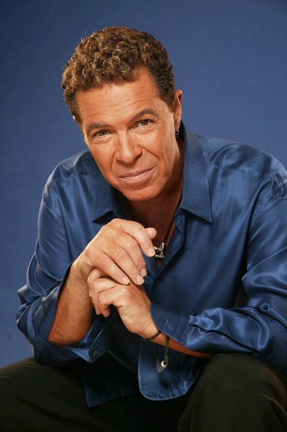 Las Vegas Entertainer Clint Holmes to Emcee artLIVE! Fashion and Art Event at The Smith Center on May 12