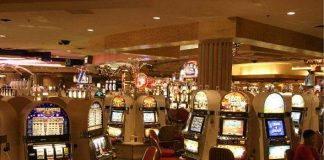 Choosing between Online and Bricks and Mortar Casinos: How to Make your Decision