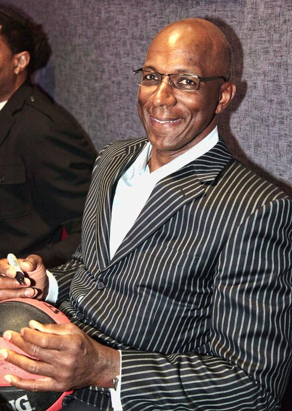 Clyde Drexler at Lagasse's Stadium