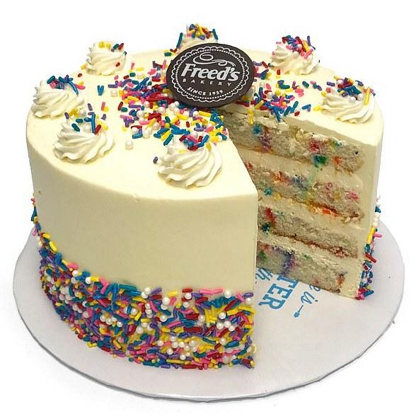 Tremendous Freeds Bakery Of Food Networks Vegas Cakes To Offer Exclusive Personalised Birthday Cards Xaembasilily Jamesorg