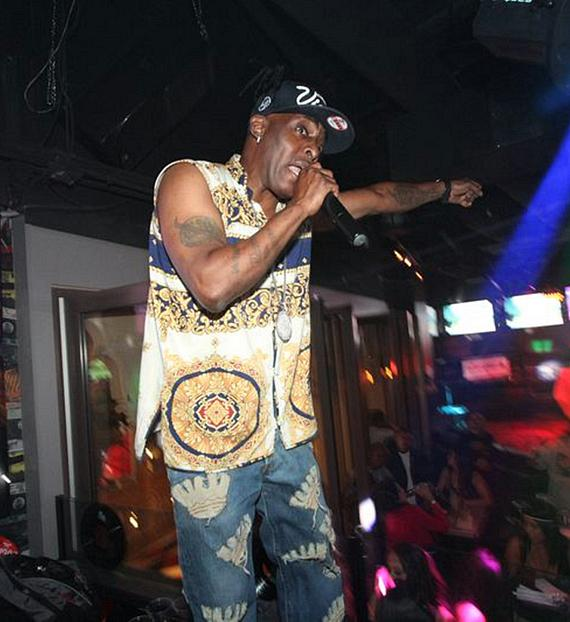 """Coolio performs """"Gangsta's Paradise"""" at Rockhouse"""