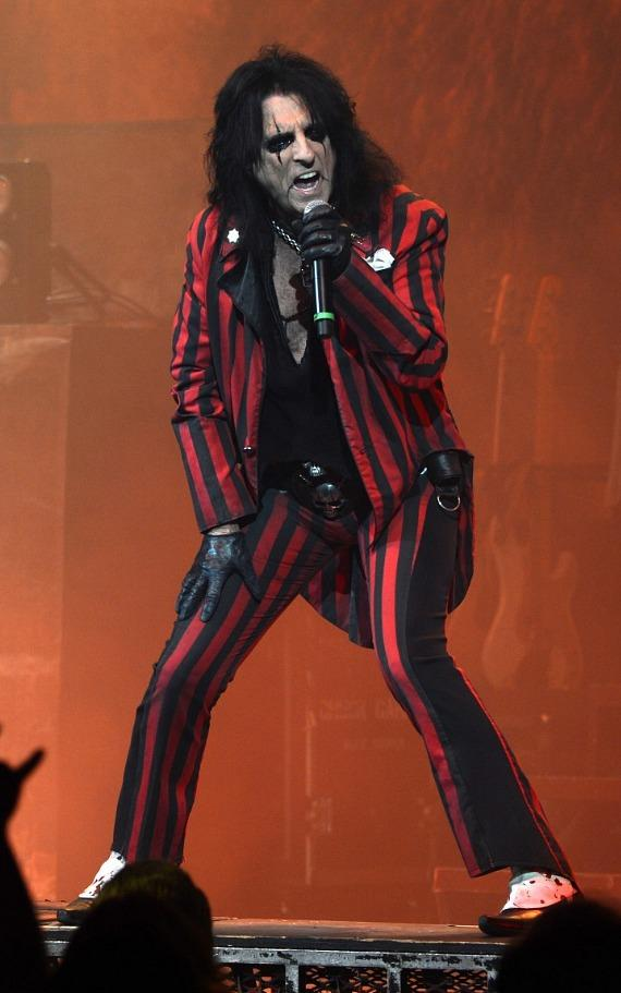 Alice Cooper performs at The Pearl Concert Theater inside Palms Casino Resort in Las Vegas