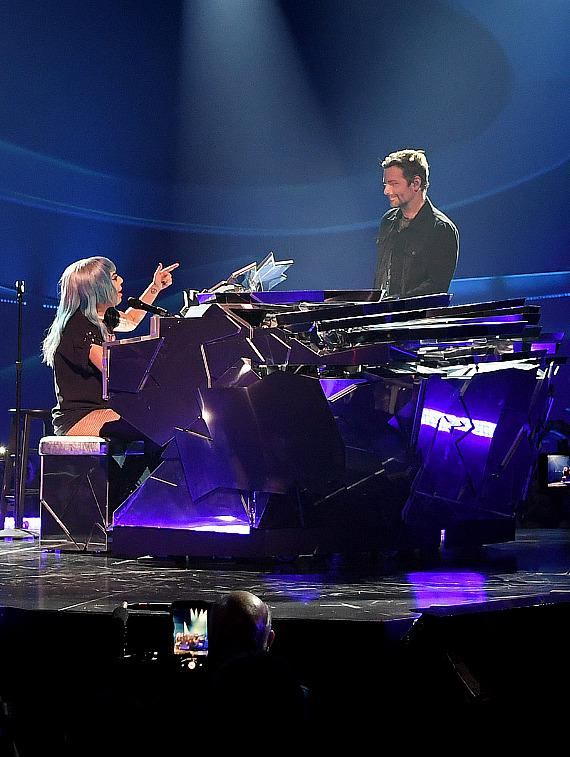 """Lady Gaga & Bradley Cooper Perform """"Shallow"""" at Park Theater in Las Vegas"""