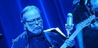 Steely Dan performs sold-out show at The Pearl at Palms Casino Resort