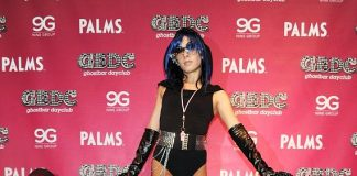 Snooki on red carpet at GBDC ghostbar dayclub