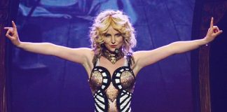 """Britney Spears' New Las Vegas Show """"Britney: Piece Of Me"""" at Planet Hollywood, Receives Rave Reviews"""