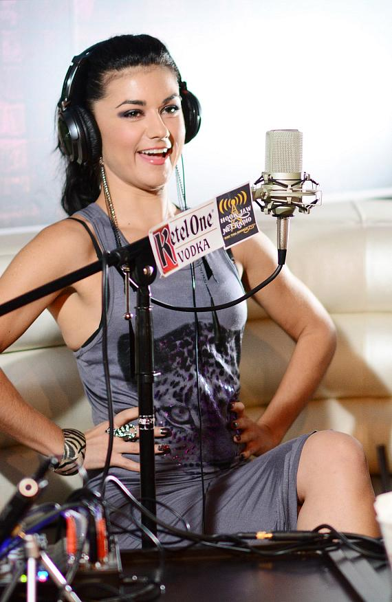Absinthe Star Melody Sweets goes On Air with Robert & CC at Rockhouse at The Venetian in Las Vegas