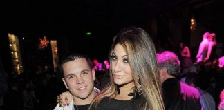 Deena Nicole gets cozy with boyfriend Chris Buckner at Gallery Nightclub
