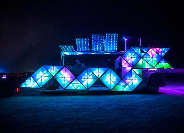 Lyft Partners with Zappos to Bring Burning Man Experience to Downtown Las Vegas