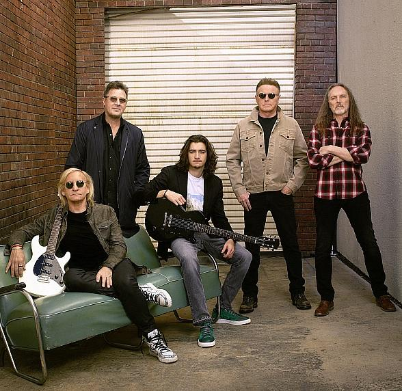 """Eagles to Perform """"Hotel California"""" Album Live in Its Entirety September 27-28 at MGM Grand Garden Arena in Las Vegas"""