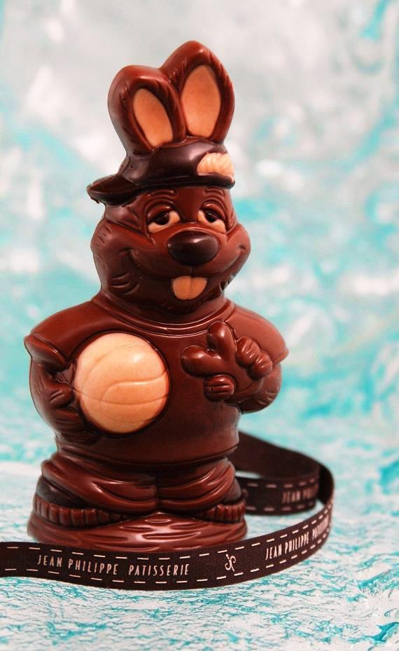 Easter Rabbit with ball
