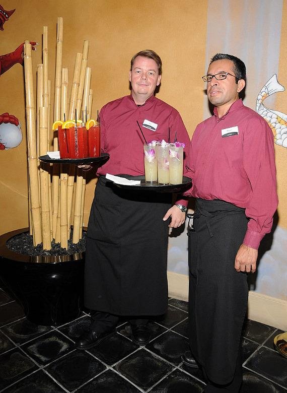 """Servers at """"Ultimate FANTASY"""" calendar party"""