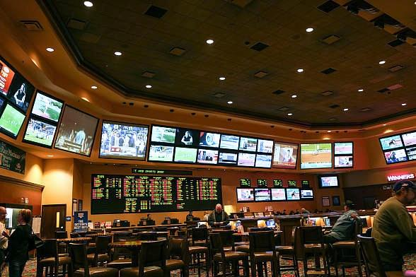 Get the Scoop on Churchill Downs with Station Casinos' free Kentucky Derby Seminars